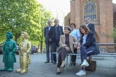 v.l.n.r.: Hans-Christoph Pakleppa, Ottmar Hörl, Karina Kröber, Ralf Birkner sowie auf der Bank Marlies Schmidtmann und Maike Reinhardt
